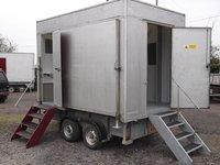 2 Cubicle Mobile Shower Unit