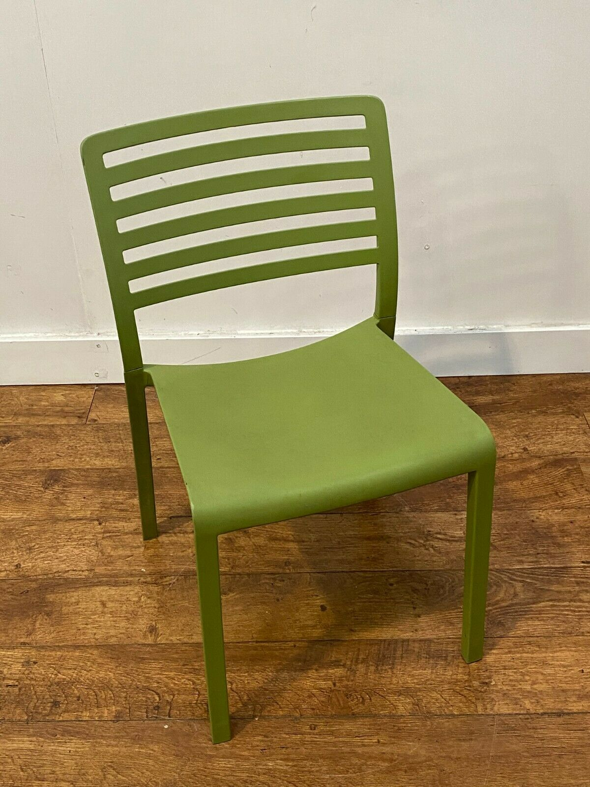 70x Fantastic Heavy Duty Commercial Grade Polypropylene Stacking Chair Mansfield, Nottinghamshire