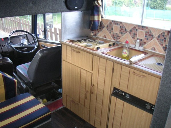 live in van kitchen