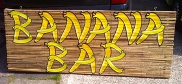 Banana bar sign