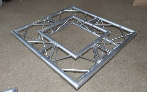 SP3/C21 Box for Square truss