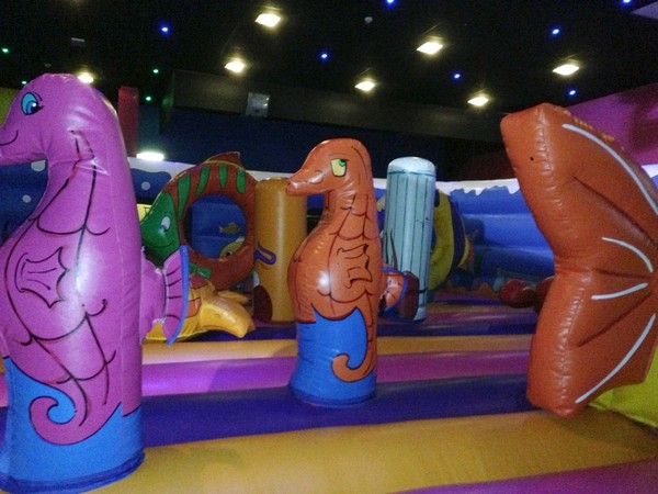 sea horse inflatable obstacles