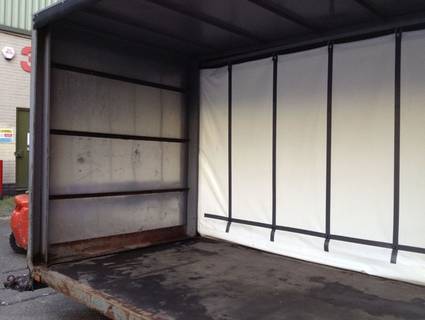Woodford curtainside trailer