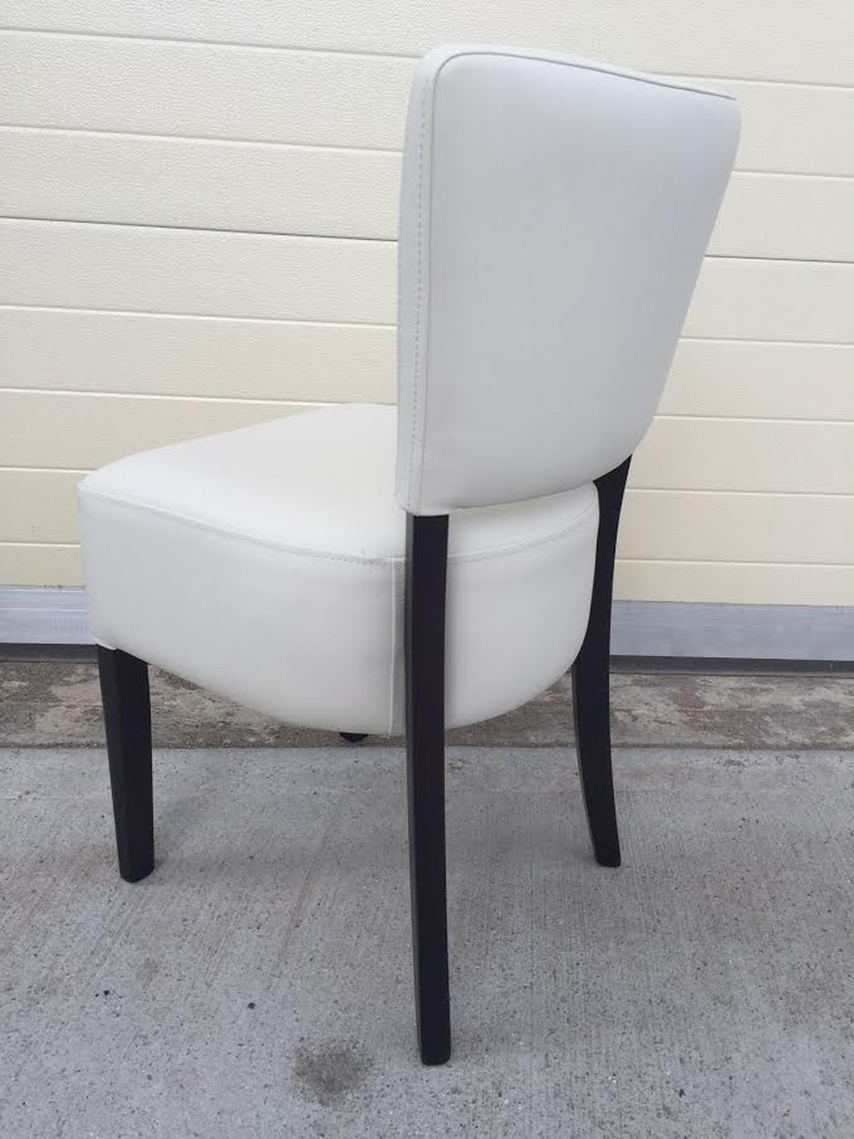 Super 124X Cancelled Order Restaurant Chairs Upholstered In Capella Faux Leather Brand New Hertfordshire Evergreenethics Interior Chair Design Evergreenethicsorg