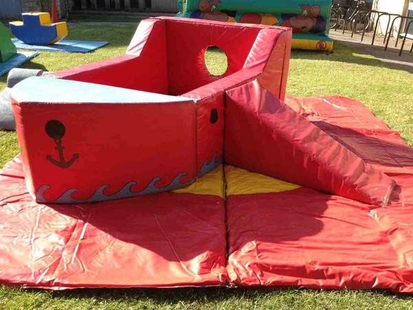 Ball pool boat with slide