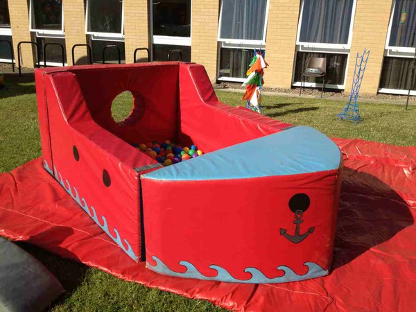 Soft Play ball pool boat