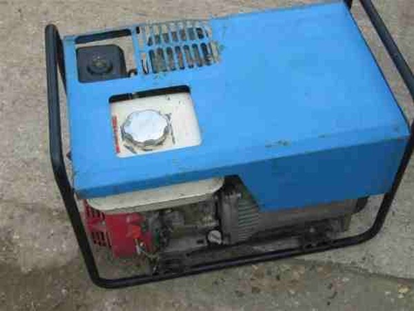 110v and 240v Dual Voltage Generator