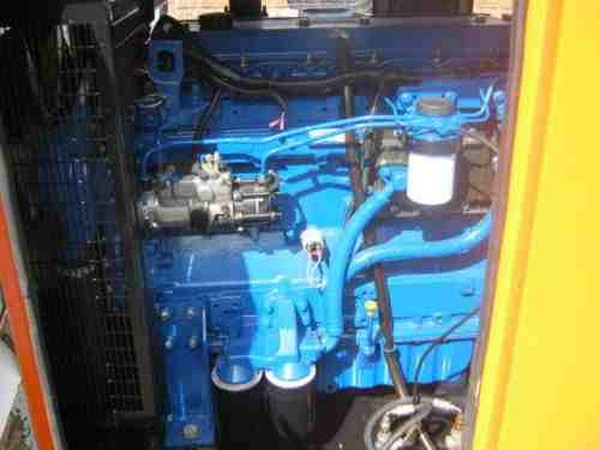 Perkins Terbo generator engin
