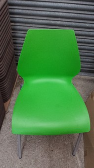 125x Green Stacking Plastic Dining Chairs