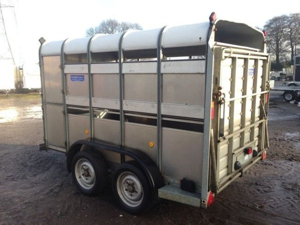 Ifor Williams TA 510 - 10ft livestock trailer