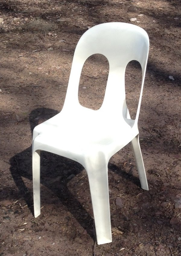 Strong Cream Plastic Bistro Chairs