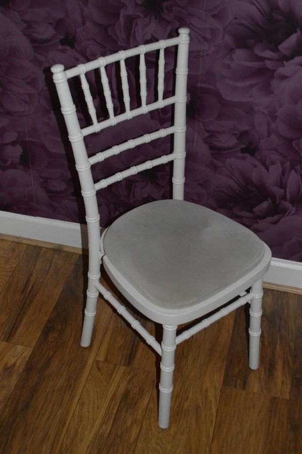 Wanted Chivari chair
