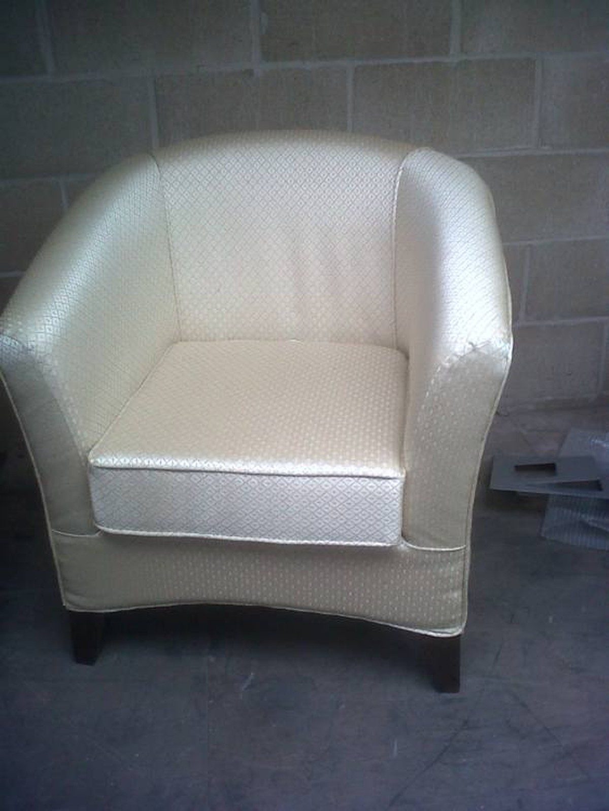Brand new contract grade tub chairs red tub chairs gold white tub chairs for sale