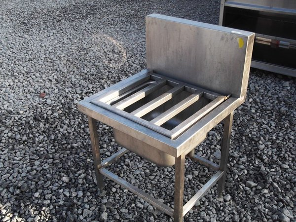 Stainless Steel Single Sink  With spashback