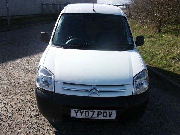 Selling 2007 Citroen Berlingo van