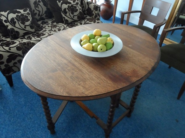 Solid Oak Gate leg table