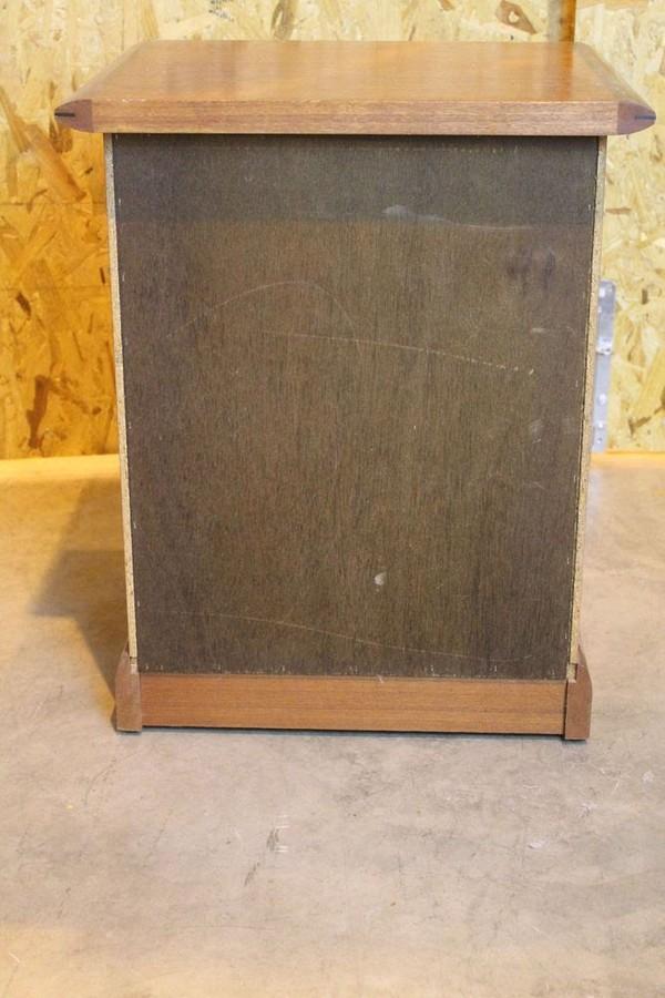 Bedside cabinets for sale