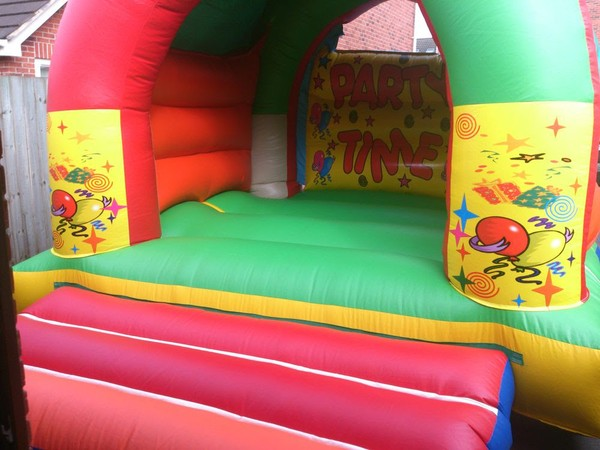12x15ft Covered Bouncy Castle for sale