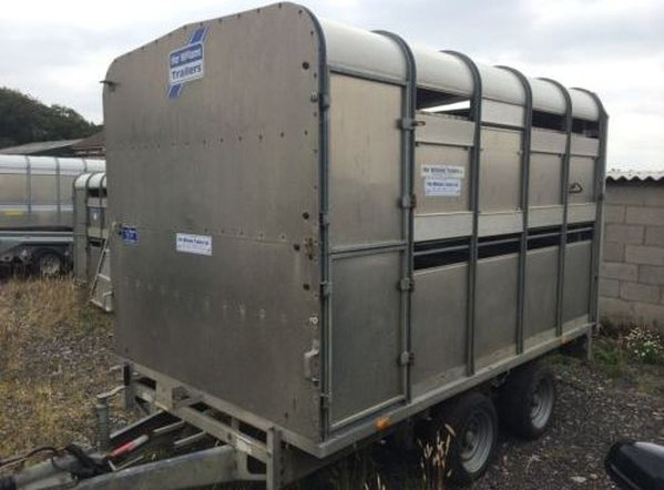 Ifor Williams DP120 - 10ft Twin Axle Livestock Trailer