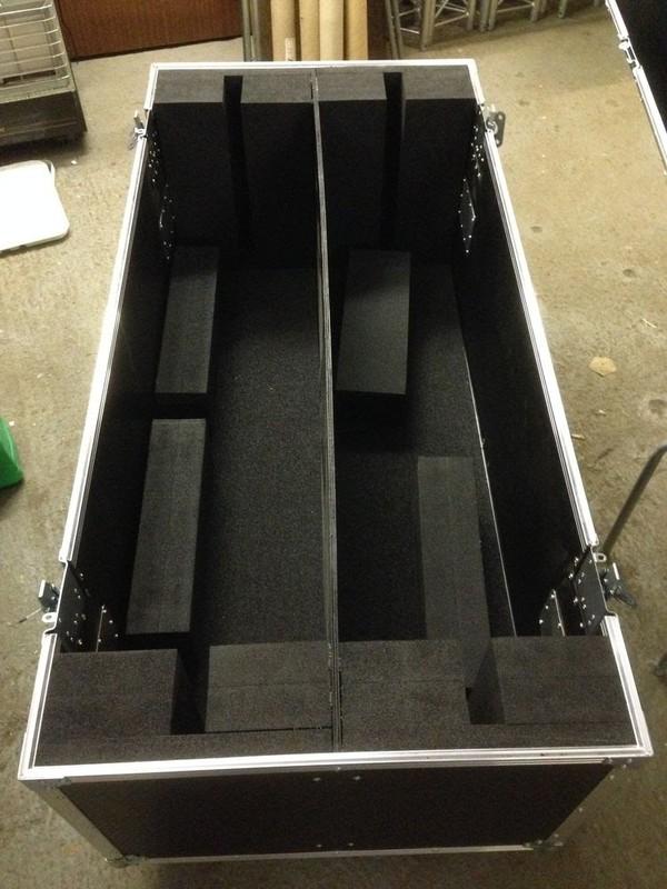 Trifibre Plasma TV flight Case  with foam blocks