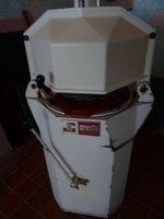 Cresta 30 piece Bun Roll Moulder