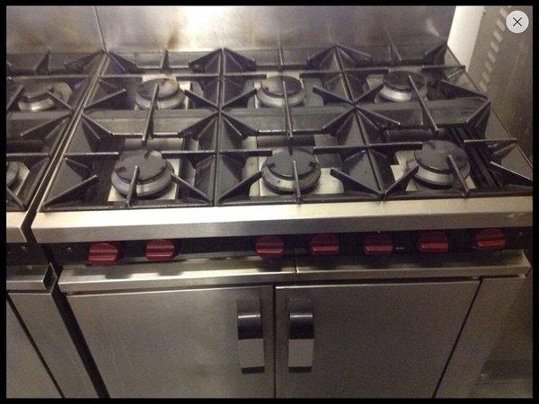 Moorwood vulcan 6 ring burner oven