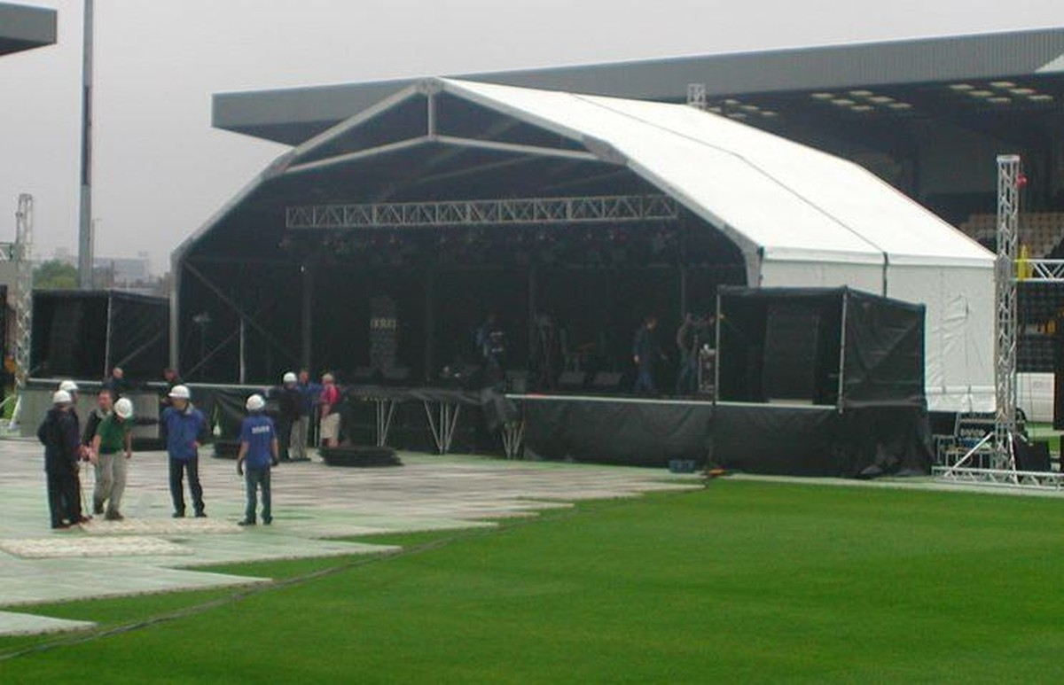 Flatbed For Sale >> Secondhand Sound and Lighting Equipment | Stage Roofs | 18m x 9m Concert Stage Canopy - Walsall
