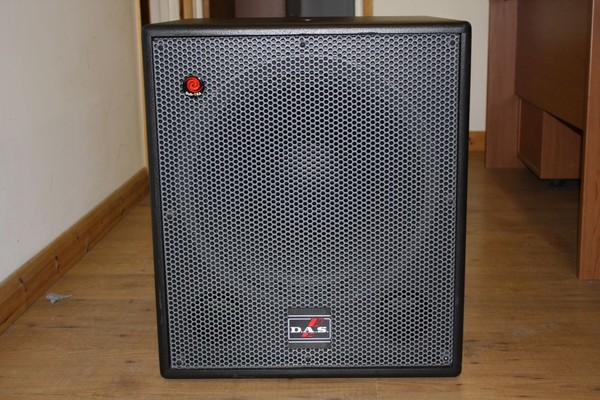 2 x D.A.S. Sub 18A Speakers, Used Once So In New Condition - Surrey 4