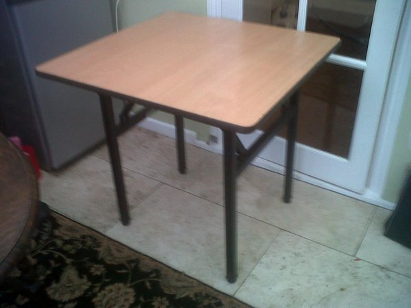 High Quality Folding Square Tables