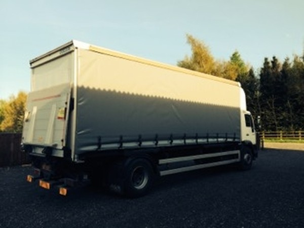 MAN Day Cab Curtain side Lorry with tail lift