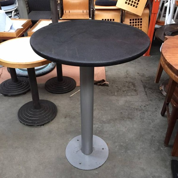 round granite top with base poser table