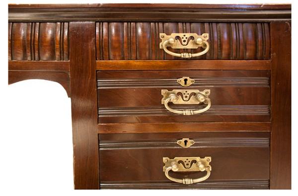 Mahogany Edwardian Kneehole Desk