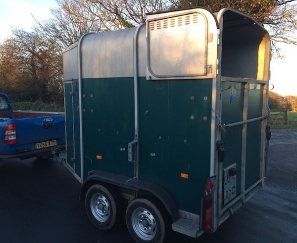 Second Hand Ifor Williams HB 505 Hunter Horse Trailer