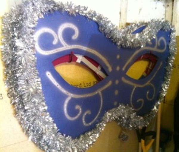Giant masquerade mask