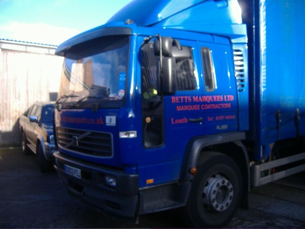 Volvo Curtainside Lorry for sale