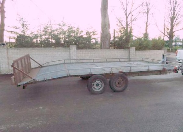 Twin Axle trailer with ramp