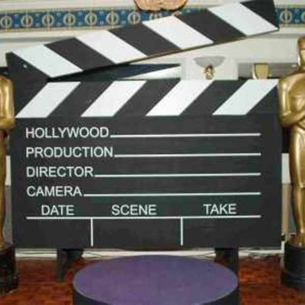 Giant clapper board