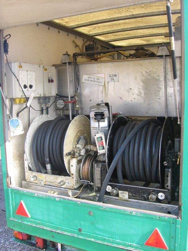 Oil tank trailers