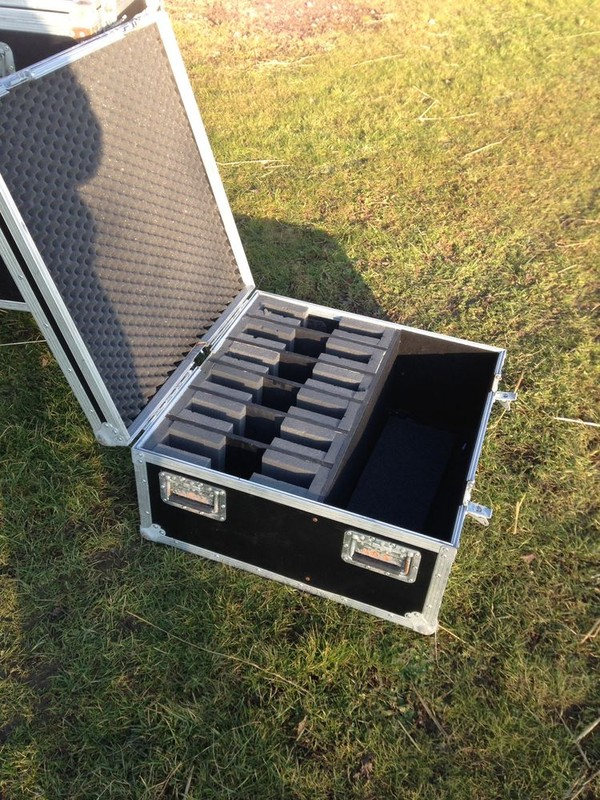 Flight case for lighting