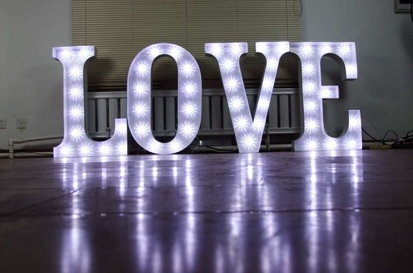 3ft lit up love letter