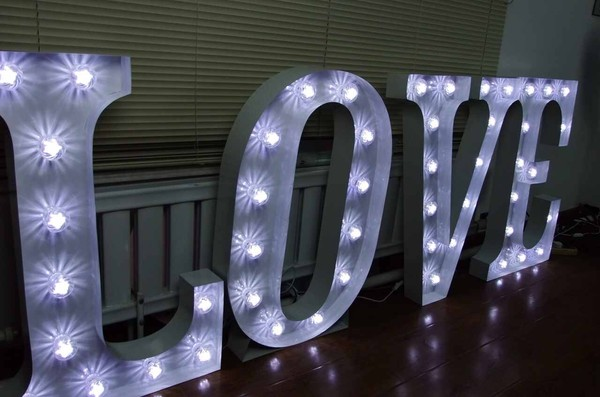 Lit up Love letters