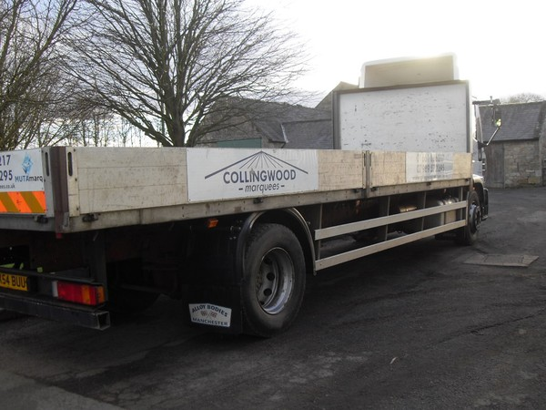 Flat bed Iveco