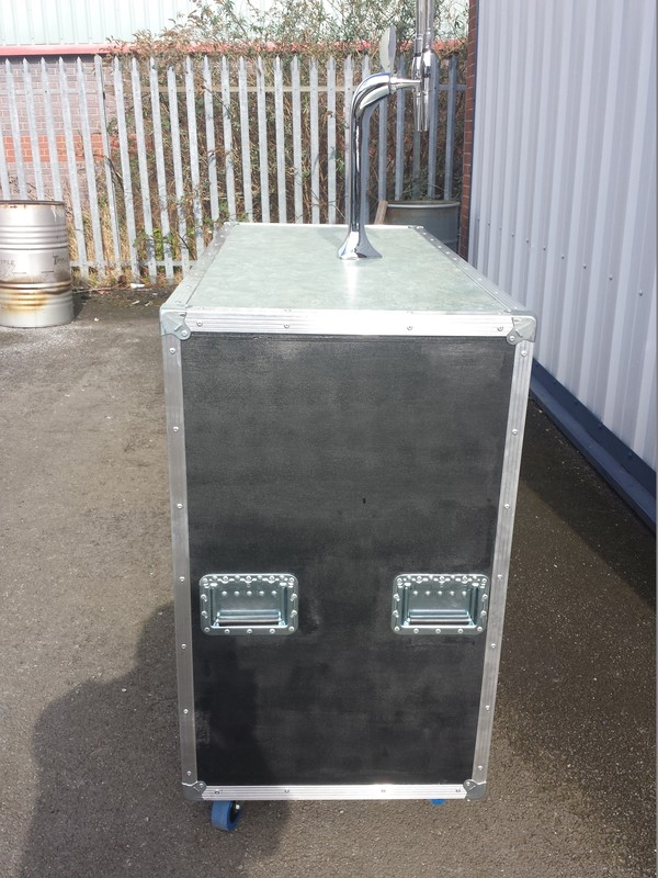 Mobile Bar on Wheels with Taps