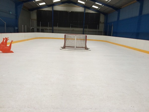 Selling EZ GLIDE 350 Synthetic Ice Rink