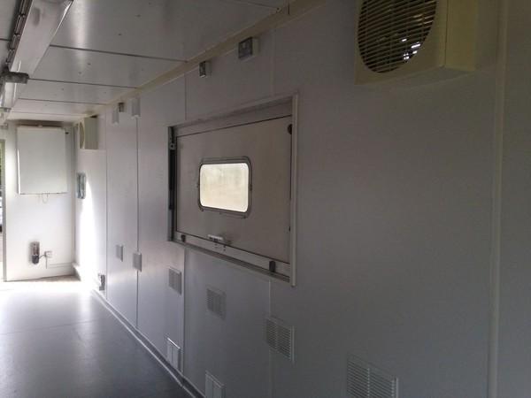 Portable Kitchen serving hatch