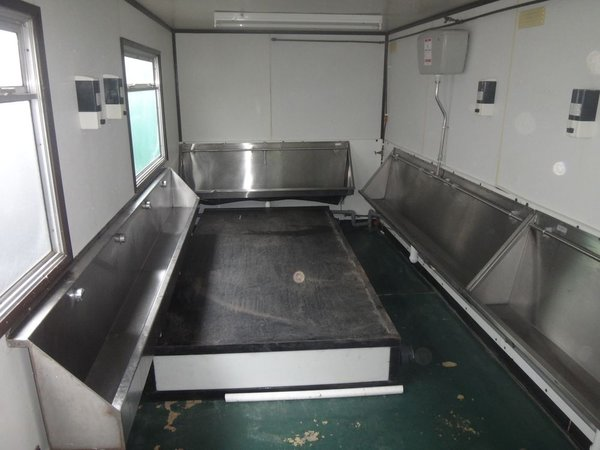 18ft Wheeled Urinal Trailer Unit with Stainless Steel Troughs