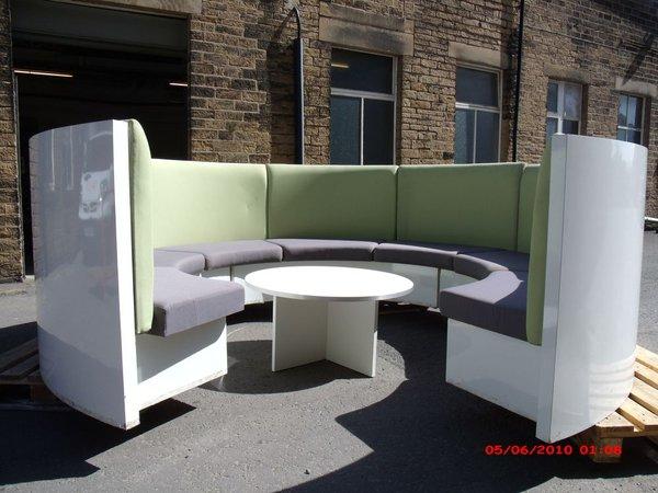 Circular bench seating