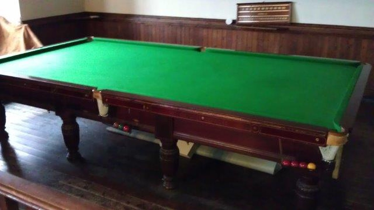 Secondhand Pub Equipment Pool And Snooker Tables Full Size - Full size snooker table for sale