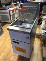 Brand new heavy duty 4 burner gas fryer
