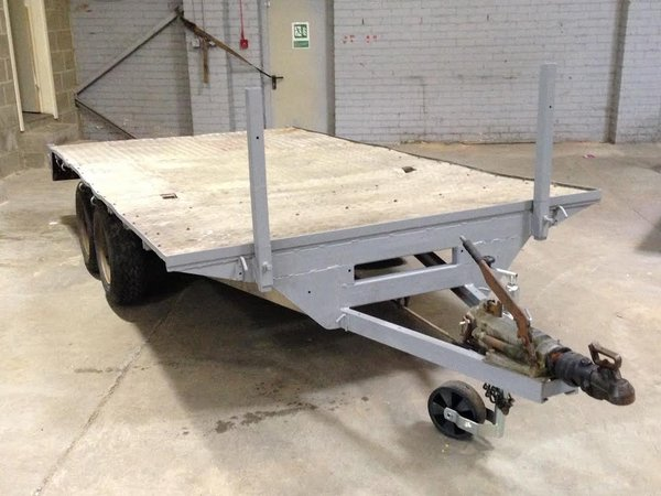 Heavy duty flatbed trailer for sale